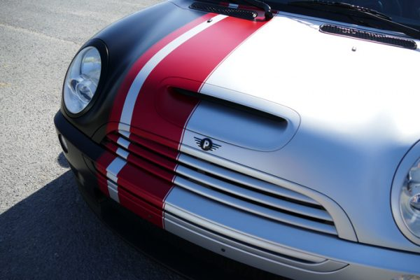 Custom stripes on Mini Cooper | Autobuf Fine Detailing & Restyling